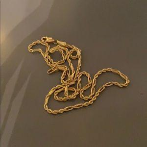 A gold 14k men's necklace